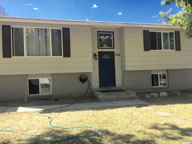 352 S Belaire Cir W, Grantsville, UT 84029 (#1556625) :: Colemere Realty Associates