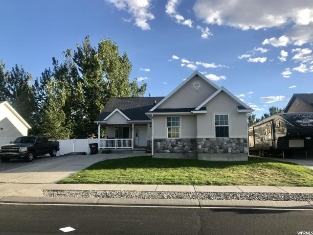 2024 Shadow Dr, Eagle Mountain, UT 84005 (#1556840) :: The Utah Homes Team with iPro Realty Network