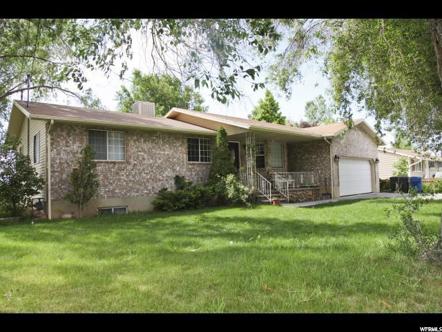 113 N 300 W, Santaquin, UT 84655 (#1556848) :: Colemere Realty Associates