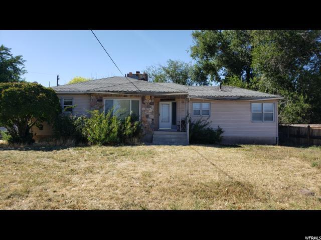 230 S Cooley St W, Grantsville, UT 84029 (#1556914) :: Colemere Realty Associates