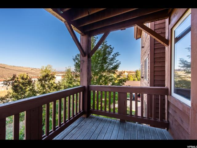 6641 N 2200 W 204 D, Park City, UT 84098 (#1557204) :: Big Key Real Estate