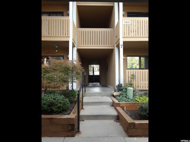 1282 E Ridge Meadow Ln Ln S 7M, Cottonwood Heights, UT 84047 (#1558582) :: Big Key Real Estate