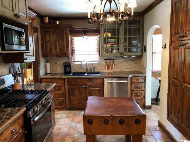 2764 S Melbourne E, Salt Lake City, UT 84106 (#1560063) :: Big Key Real Estate