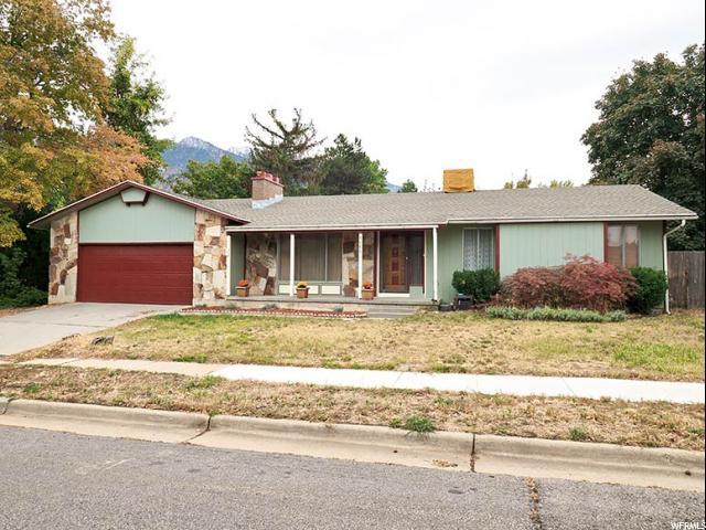 3486 E 9055 S, Cottonwood Heights, UT 84093 (#1560333) :: goBE Realty