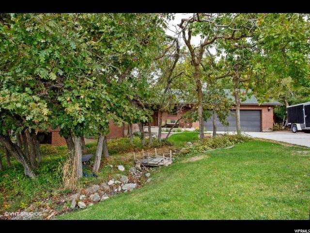 1545 Nicholls Rd, Fruit Heights, UT 84037 (#1560890) :: RE/MAX Equity