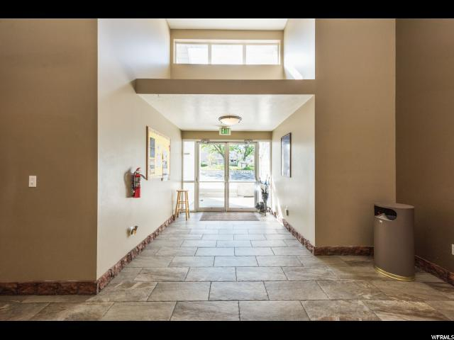 5445 S 2700 W, Taylorsville, UT 84118 (#1561413) :: Exit Realty Success