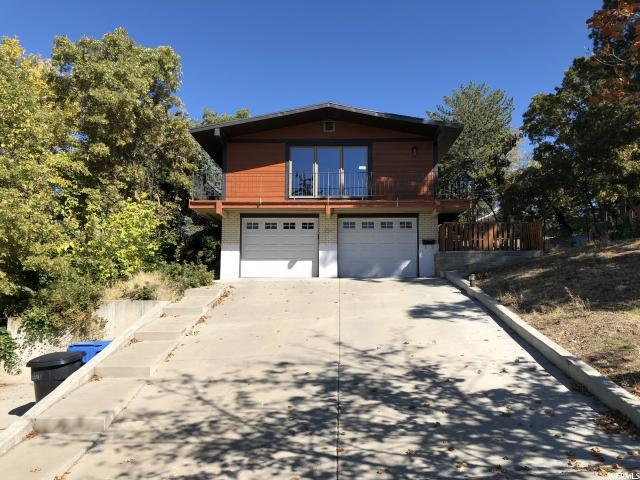 2541 E Dolphin Way S, Cottonwood Heights, UT 84121 (#1561428) :: Action Team Realty