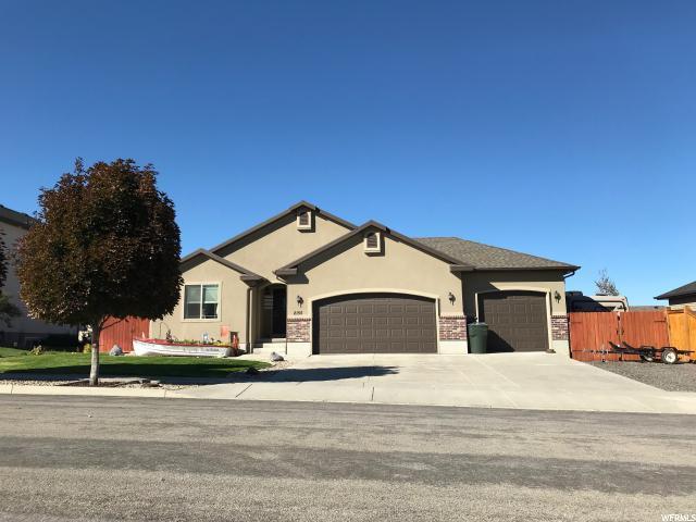 2155 N 50 W, Tooele, UT 84074 (#1561804) :: Big Key Real Estate