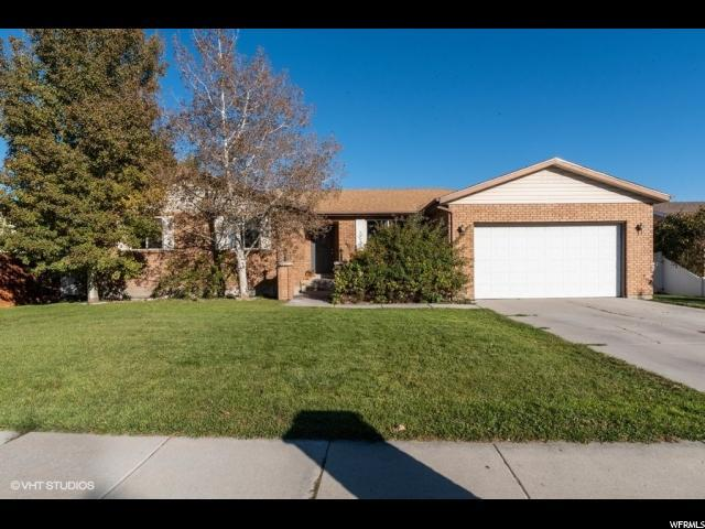 11855 S 2240 W, Riverton, UT 84065 (#1561923) :: The Utah Homes Team with iPro Realty Network