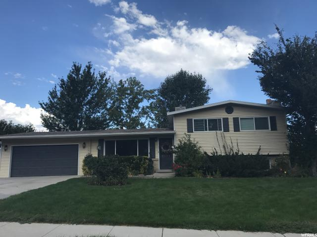 9320 S Partridge Cir E, Sandy, UT 84093 (#1562519) :: Big Key Real Estate
