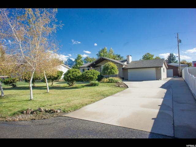 1670 E 7000 S, Cottonwood Heights, UT 84121 (#1562576) :: Big Key Real Estate