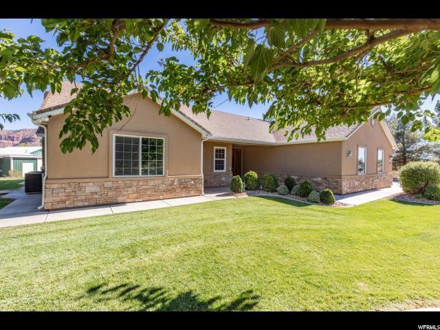 1456 N Mount Zion Dr, Apple Valley, UT 84737 (#1562764) :: Big Key Real Estate