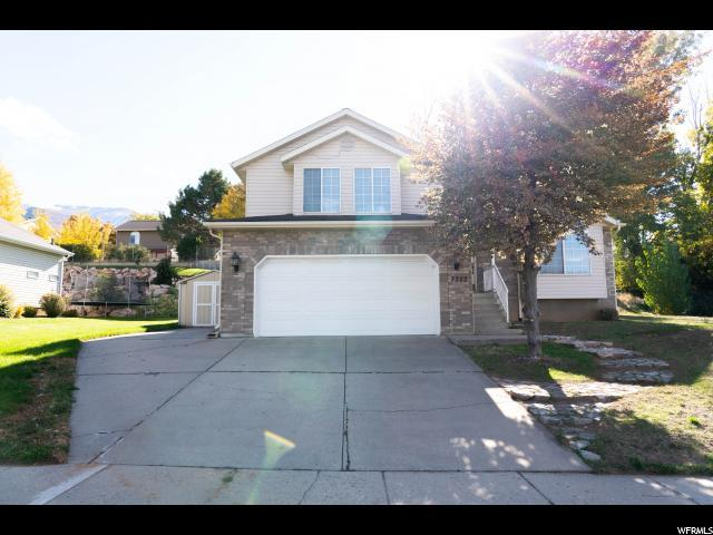 3322 N 2175 E, Layton, UT 84040 (#1562927) :: Big Key Real Estate