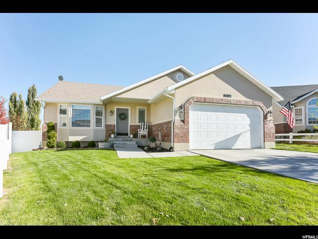8383 S Oak Gate Dr W, West Jordan, UT 84081 (#1562935) :: Big Key Real Estate