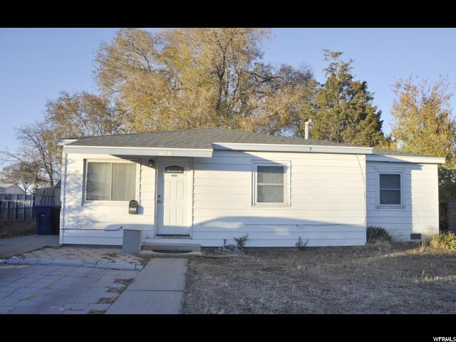 4450 W 5740 S, Kearns, UT 84118 (#1563082) :: Big Key Real Estate