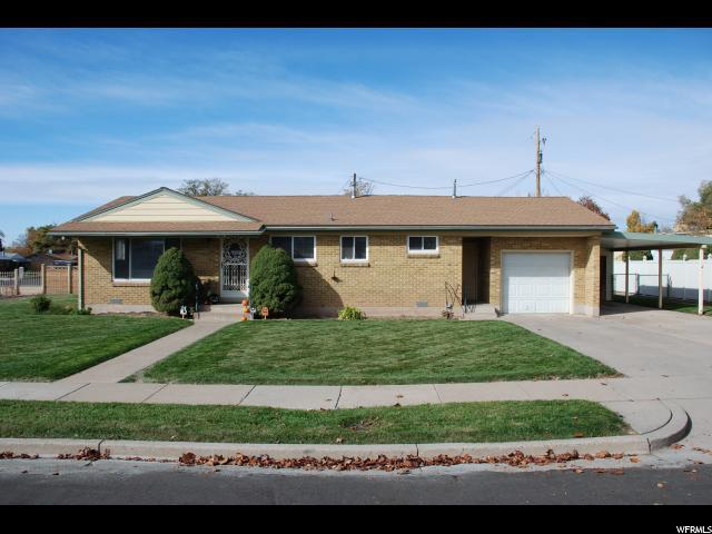 1661 N Luke St W, Layton, UT 84041 (#1564645) :: The Utah Homes Team with iPro Realty Network