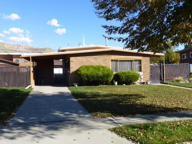 1144 N Oakley St W, Salt Lake City, UT 84116 (#1564702) :: The Utah Homes Team with iPro Realty Network
