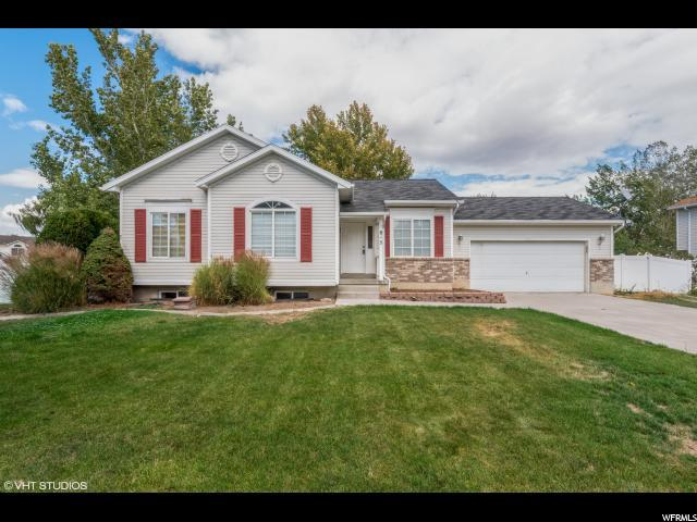 815 E Country Clb N, Stansbury Park, UT 84074 (#1564754) :: Big Key Real Estate