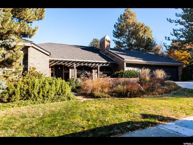 2615 Maywood Dr, Salt Lake City, UT 84109 (#1564907) :: The Fields Team