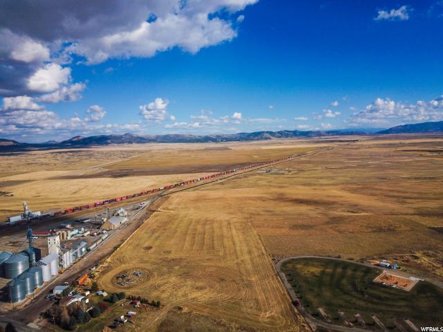 1999 E Lewis Ln, Bancroft, ID 83217 (#1565095) :: Bustos Real Estate | Keller Williams Utah Realtors