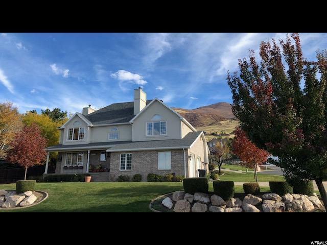 1566 N Cherry Blossom Dr E, Farmington, UT 84025 (#1565683) :: Bustos Real Estate | Keller Williams Utah Realtors