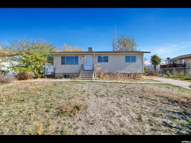 2284 S 450 W, Clearfield, UT 84015 (#1565776) :: Big Key Real Estate