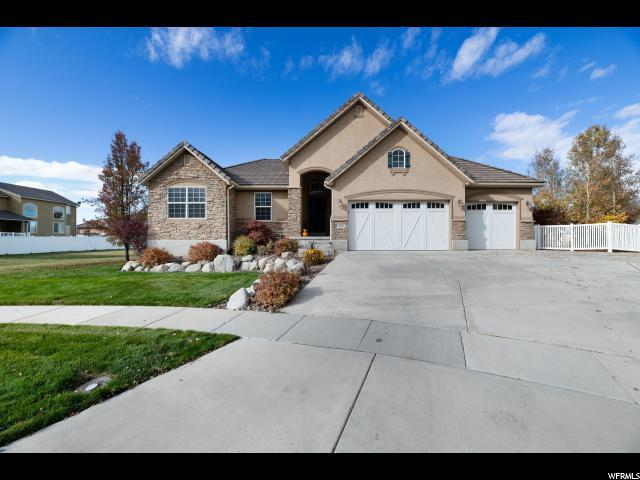 177 Eastfork Cir, Farmington, UT 84025 (#1565883) :: Colemere Realty Associates