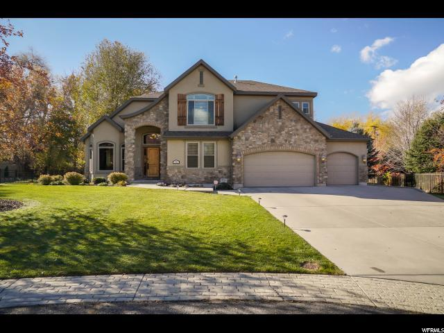 7946 S Ashley Downs Ct E, Cottonwood Heights, UT 84093 (#1566235) :: goBE Realty