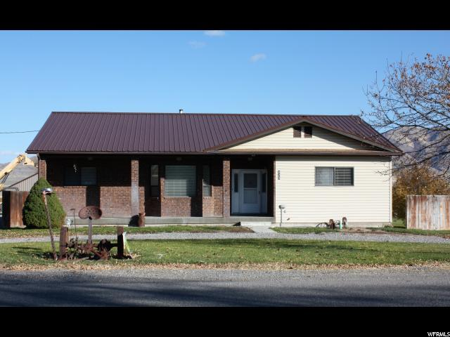 718 North Main N, Garland, UT 84312 (MLS #1566385) :: Lawson Real Estate Team - Engel & Völkers