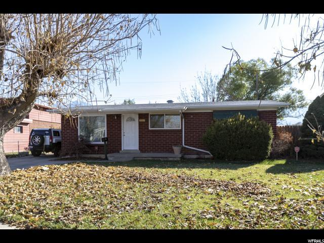 8335 S Hoover St, Midvale, UT 84047 (#1566396) :: The Utah Homes Team with iPro Realty Network