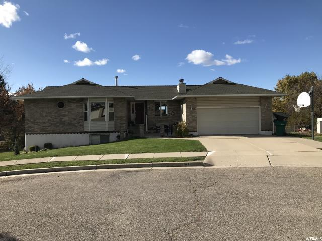 567 N Allanwood Pl, Layton, UT 84040 (#1566487) :: The One Group
