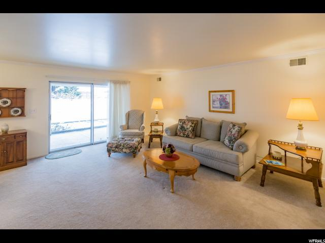 2280 E Carriage Ln S #94, Holladay, UT 84117 (#1566559) :: goBE Realty