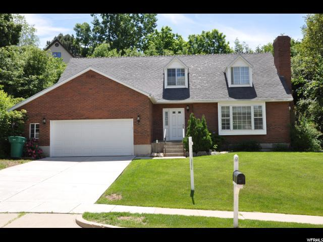 2558 E 2050 N, Layton, UT 84040 (#1566710) :: The One Group