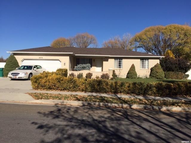 2870 W 11980 S, Riverton, UT 84065 (#1566813) :: goBE Realty