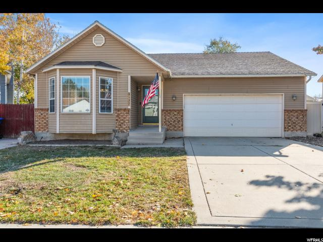 8137 W Creekwood Dr S, West Jordan, UT 84088 (#1567000) :: Keller Williams Legacy