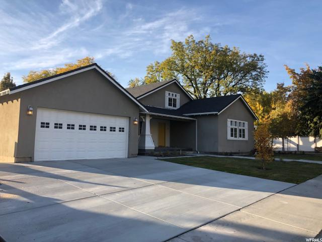 3915 N Timpview Dr, Provo, UT 84601 (#1567308) :: Eccles Group