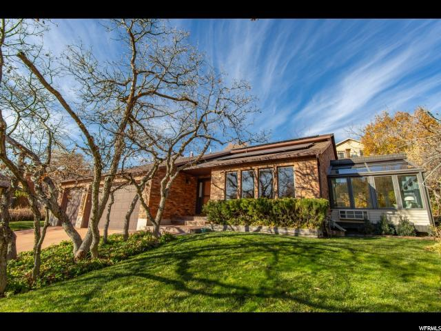2559 E 2050 N, Layton, UT 84040 (#1567615) :: The Utah Homes Team with iPro Realty Network