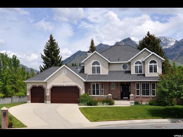 8215 S Pine Springs Cv, Sandy, UT 84093 (#1567813) :: Colemere Realty Associates