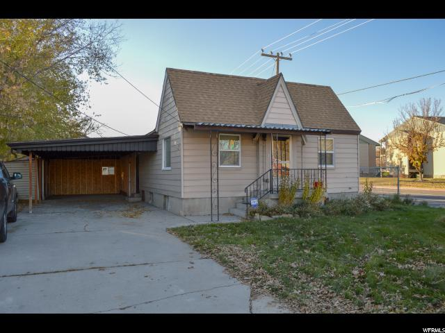 3804 S 2200 W, West Valley City, UT 84119 (#1567940) :: Colemere Realty Associates