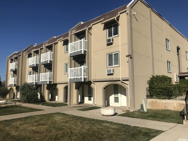 5600 S Meadow Ln E #157, South Ogden, UT 84403 (#1567942) :: Eccles Group