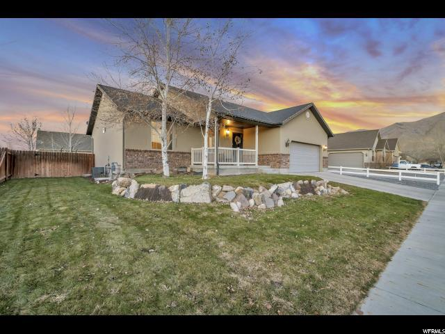 2107 E Easter Dr, Eagle Mountain, UT 84005 (#1568037) :: Colemere Realty Associates