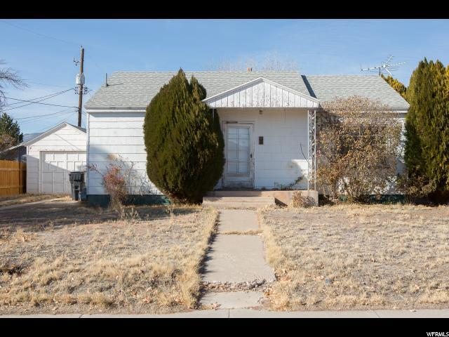 441 N 400 W, Richfield, UT 84701 (#1568339) :: The One Group