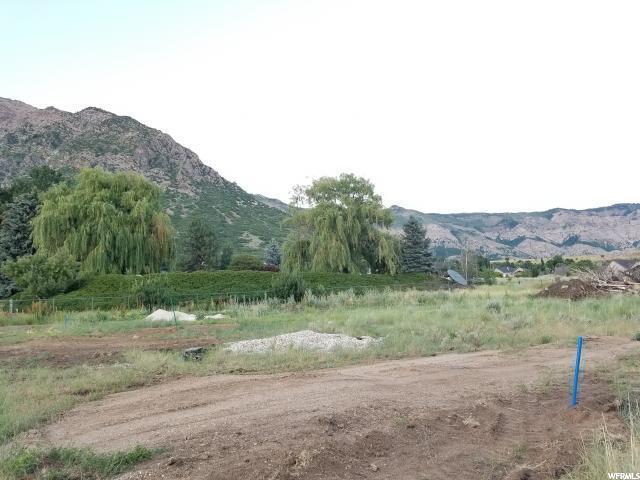 4480 N 350 W, Pleasant View, UT 84414 (#1570447) :: Keller Williams Legacy