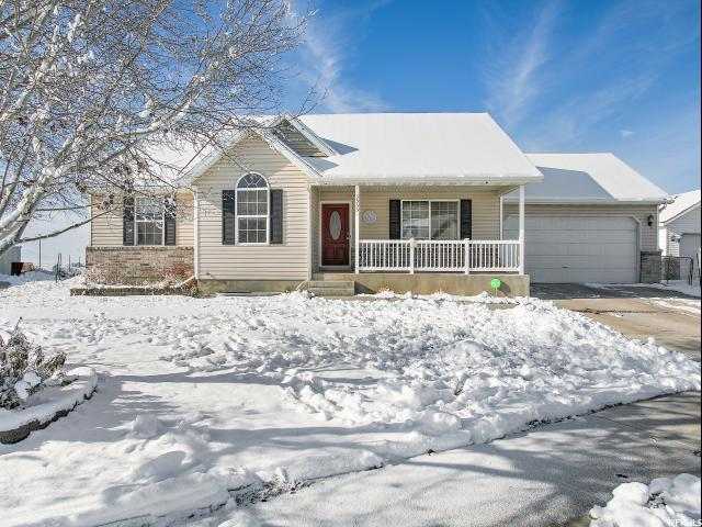 3555 N Canary Way E, Eagle Mountain, UT 84005 (#1570604) :: Red Sign Team