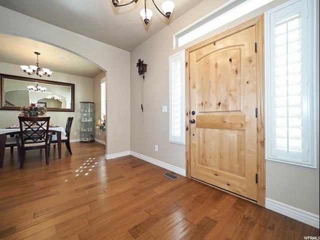 10941 S Navarro Way W, South Jordan, UT 84009 (#1570622) :: Bustos Real Estate | Keller Williams Utah Realtors