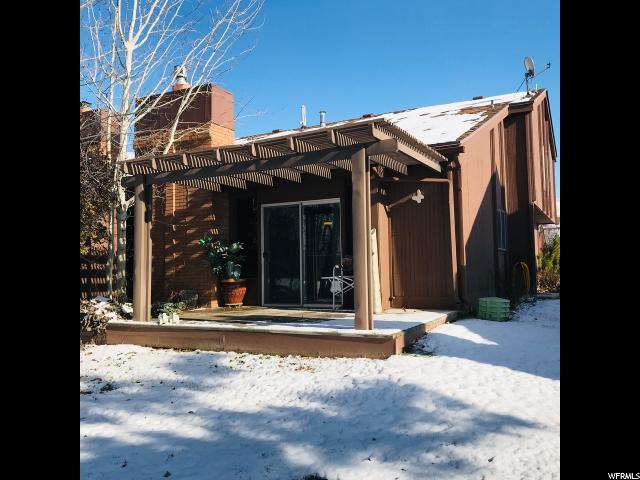 24 N White Barn Dr W, Pleasant View, UT 84414 (#1570685) :: Colemere Realty Associates