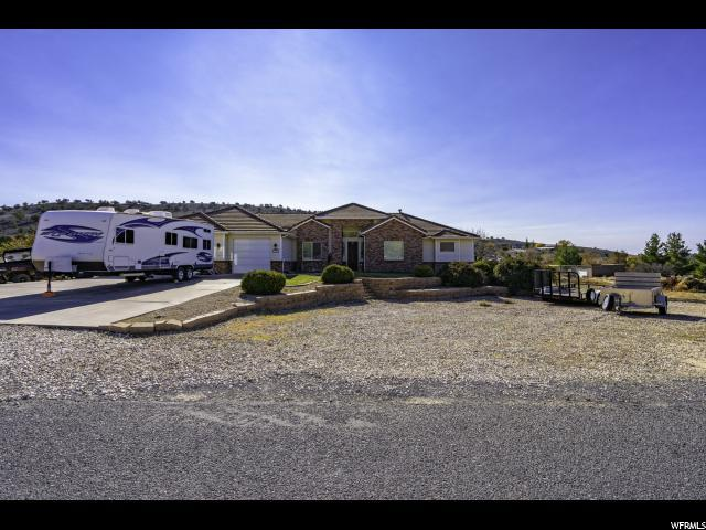 1021 W Topaz Rd, St. George, UT 84770 (#1570974) :: Colemere Realty Associates