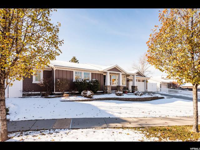 2080 E Greenwich Cir S, Sandy, UT 84093 (#1571113) :: Bustos Real Estate | Keller Williams Utah Realtors