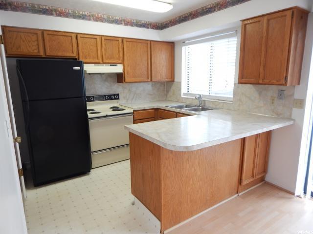 865 E 575 N, Layton, UT 84041 (#1571295) :: Bustos Real Estate | Keller Williams Utah Realtors