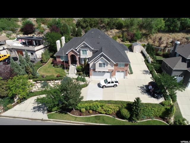 4833 S Wallace Ln E, Holladay, UT 84117 (#1571816) :: Red Sign Team